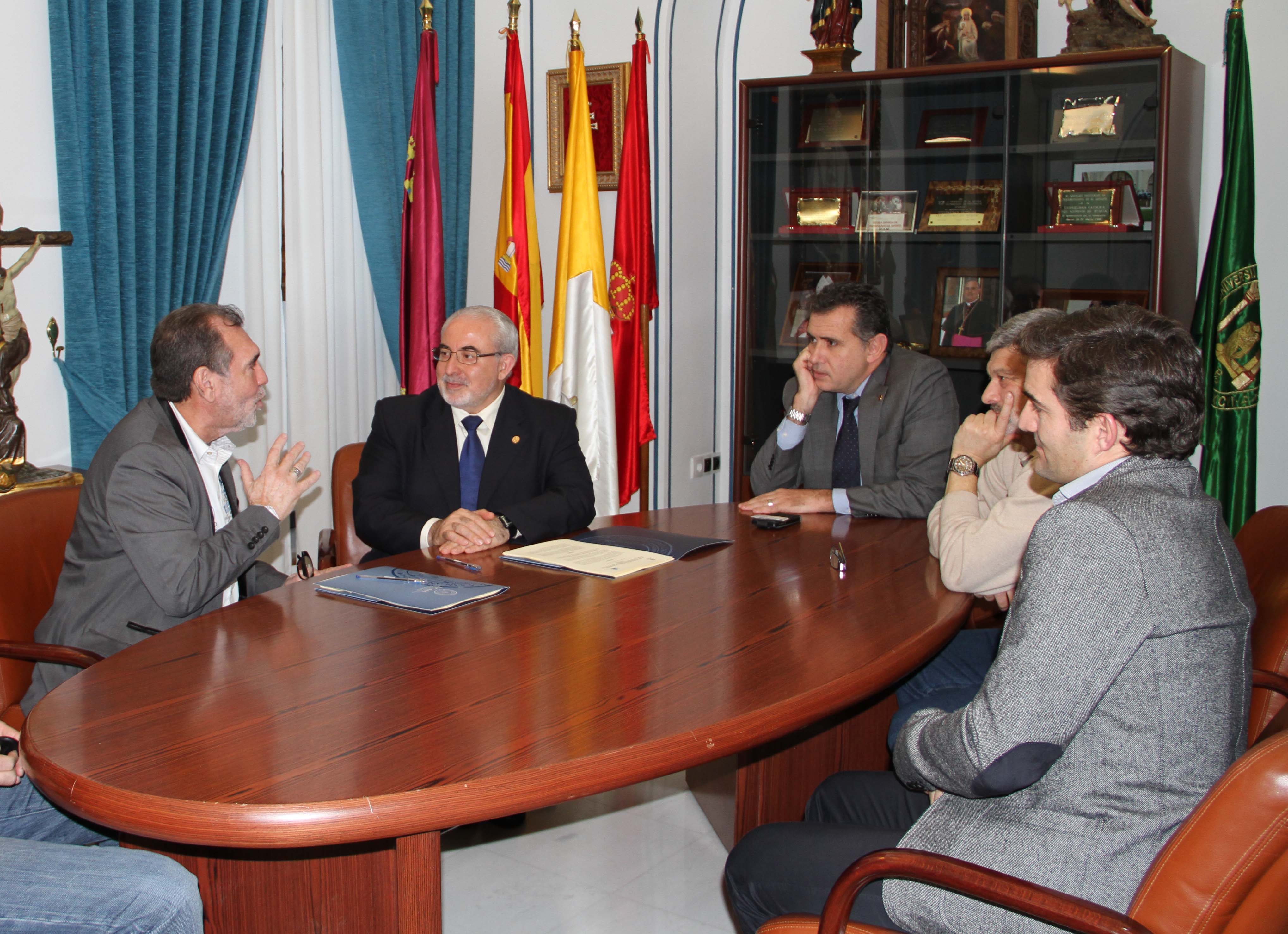 PMM Institute for Learning y la UCAM